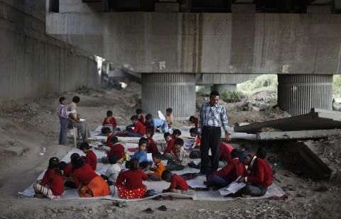 school_under_bridge_s