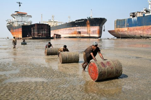 ship-breakers-s