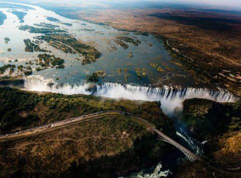 Victoria-Falls-s