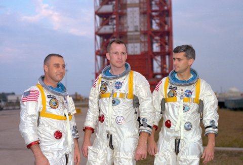 Apollo1-s